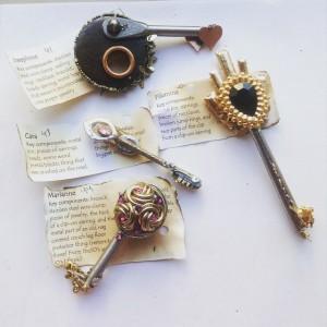 one side keys 41, 42, 43, 44