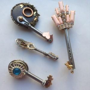 other side keys 41, 42, 43, 44