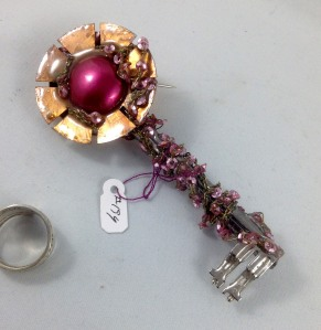 other side key 194